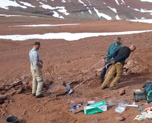 Fotografi fra en udgravningsekspedition på Grønland